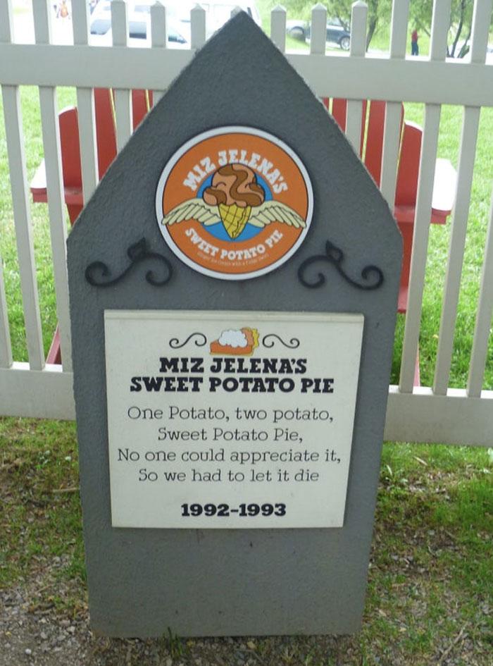 Miz Jelena's Sweet Potato Pie (1992 - 1993)