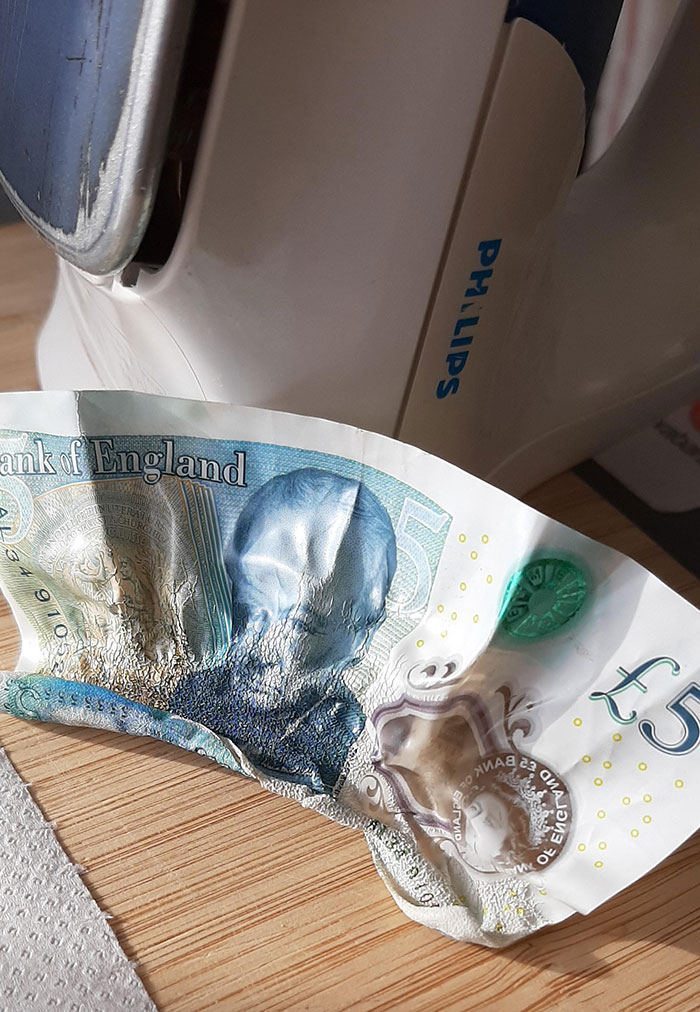 Ironing The New UK Notes... Great Idea