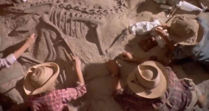 The Establishing Wide Shot Of The Dig Site In Jurassic Park III Was Actual Footage Of Jack Horner's Excavation, Filmed In Early Summer 2001. The Site Contained Several Large Fossils Of Tyrannosaurs And Some Hadrosaurs