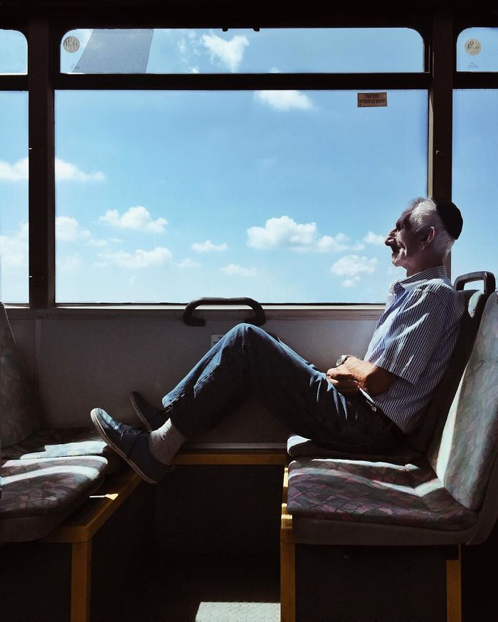 Woman Uses Her iPhone To Capture Portraits Of Strangers On Her Daily Commute To Work, And The Result Is Impressive (30 Pics)