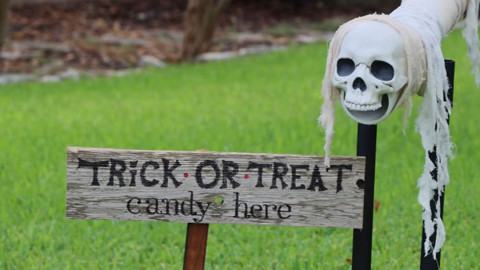 """Parents Come Up With A """"Candy Slide"""" For Safe Trick-Or-Treating This Halloween"""
