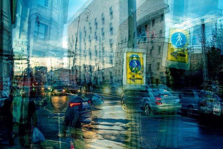 Turn Left (Roma)