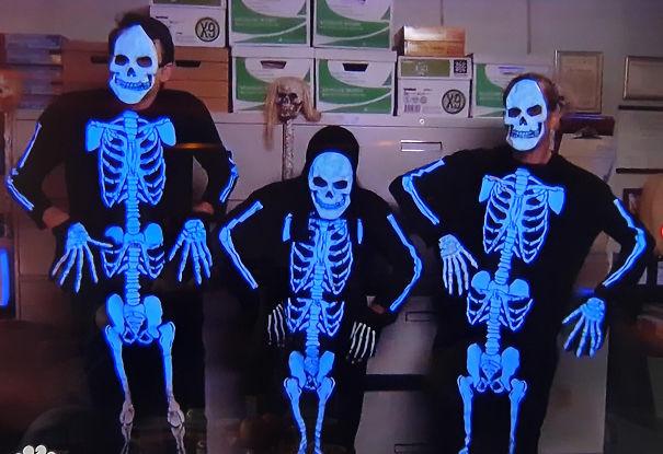 Skeletons-5f7373d469a35.jpg