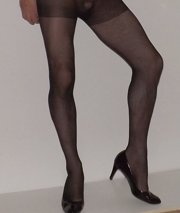 Un-Shaved_Legs-5f54b47b88dd7.jpg