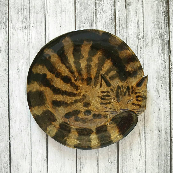 Декоративные керамические тарелки