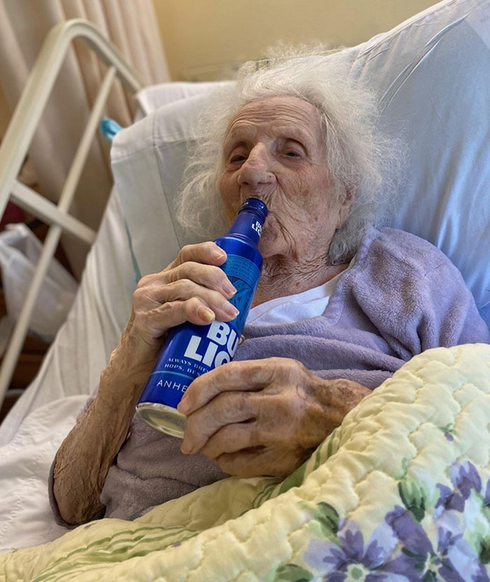 This 103-Year-Old Lady Just Beat Covid-19 And Celebrated Her Victory With A Bud Light