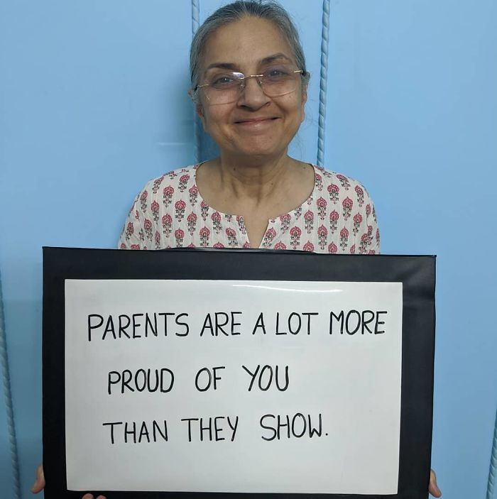 Mother-With-Sign-Poonam-Sapra