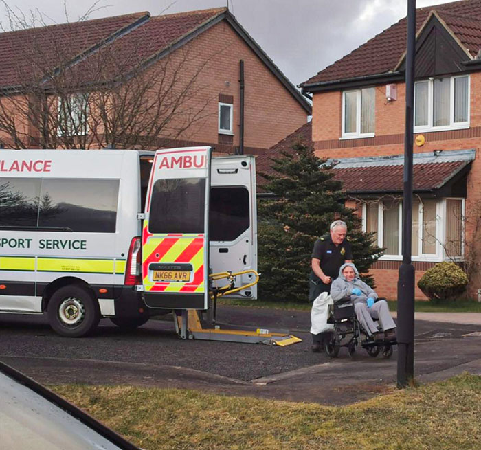 "My Neighbour Joe Returning Home From Hospital, Now Part Of The Covid-19 ""Recovered"" Stats"