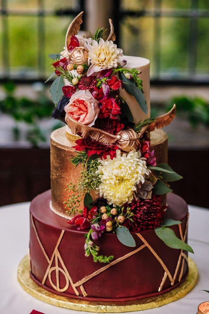 Beautiful And Subtle Harry Potter Wedding Cake