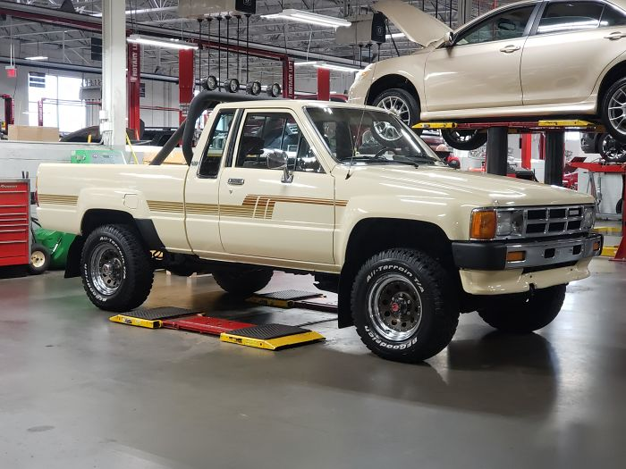 86 Yota. 211k Miles. In Mint Condition