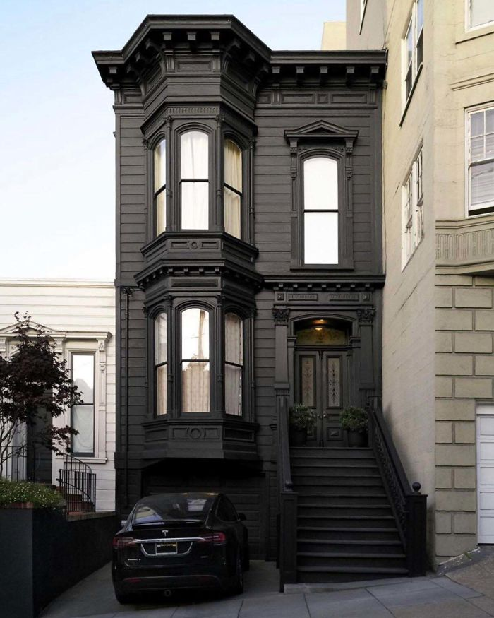 San Francisco Black Victorian
