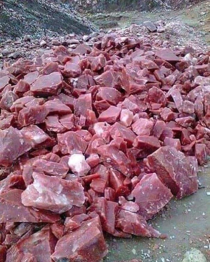 This Rosso Levanto Marble Looks Like Raw Meat