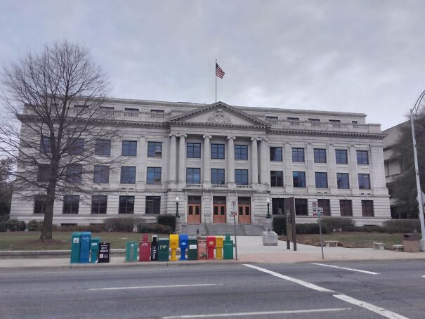 Guilford_County_Courthouse-5f8f765c45129.jpg