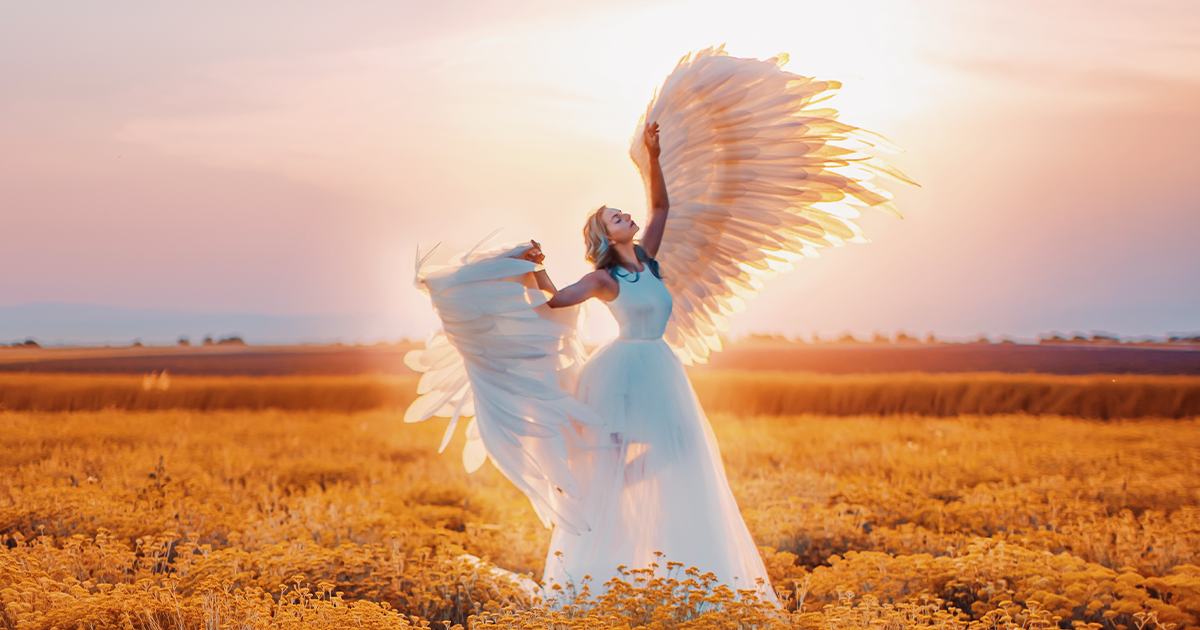 I Photograph Beautiful Dancers In Beautiful Places Around The World (28 Pics)