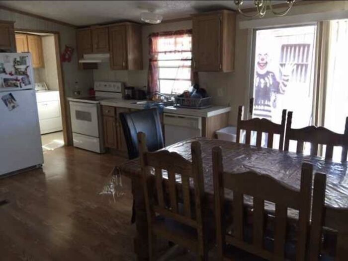 Terrible Real Estate Agent Photos