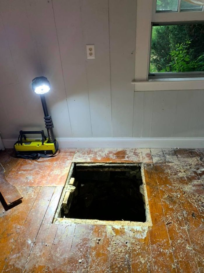 Man Discovers Secret 30 ft Well Inside His Friend's 1843 House After Breaking Through The Floorboards
