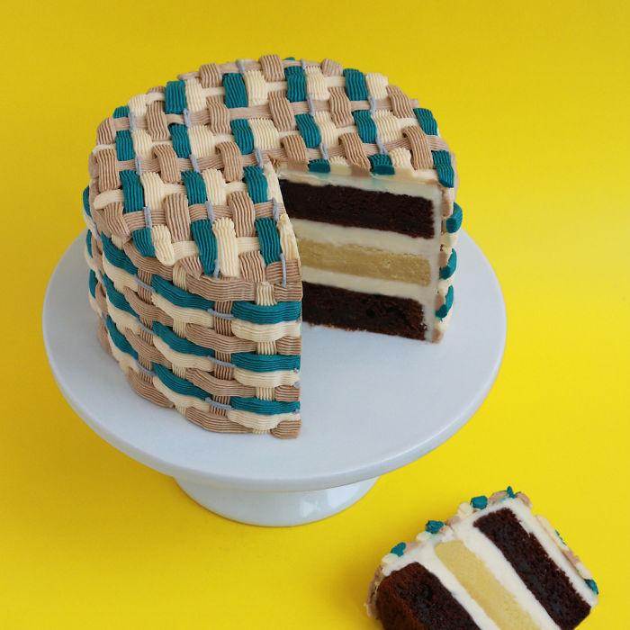 LA-Primarily based Baker Creates Gorgeous Truffles That Look Like Fancy Persian Rugs