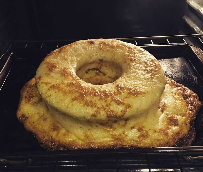 Apple Cinnamon Cake Fail ...this Is The Result Of 12x's The Amount Of Baking Powder And Baking Soda!! In All Fairness, It Didn't Taste Half Bad!! It Literally Popped & Deflated