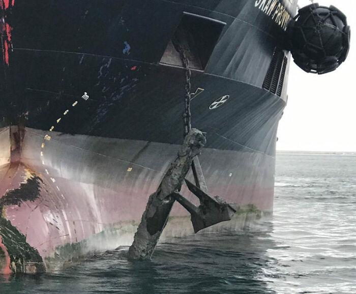 Al levar anclas vieron que habían enganchado un torpedo sin explotar