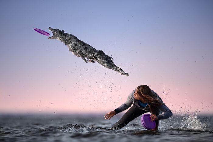 Volando sobre el mar (1º en Mascotas)