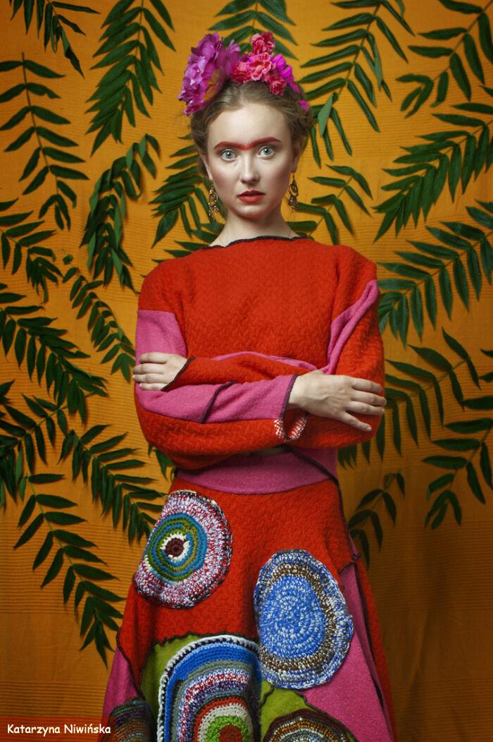 Katarzyna Niwinska's 'Rainbow Frida' Photosession