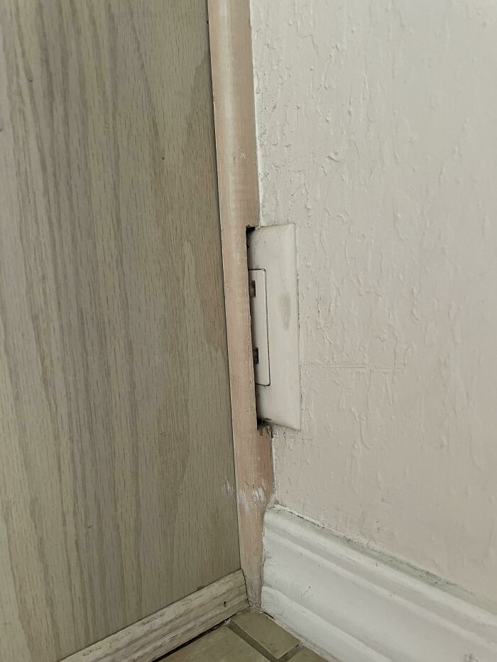 I Present My Apartment's 1/3 Outlet