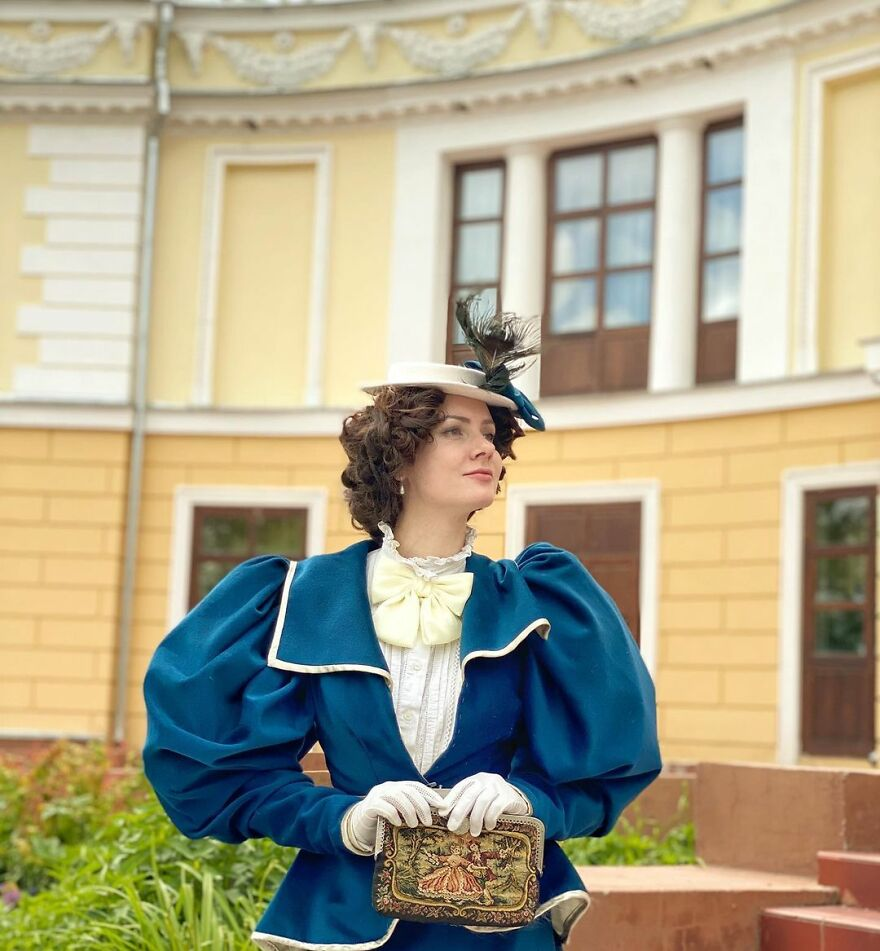 Woman-Dresses-19th-Century-Fashion-Vintage-Clothes-Mila-Povoroznyuk-Your-Sunny-Flowers