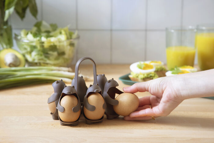 $18 Kitchen Invention 'Eggbears' Makes Boiling And Holding Brown Eggs Straightforward And Enjoyable