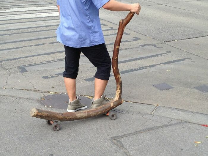 Yo voy al cole montado en un trozo de madera
