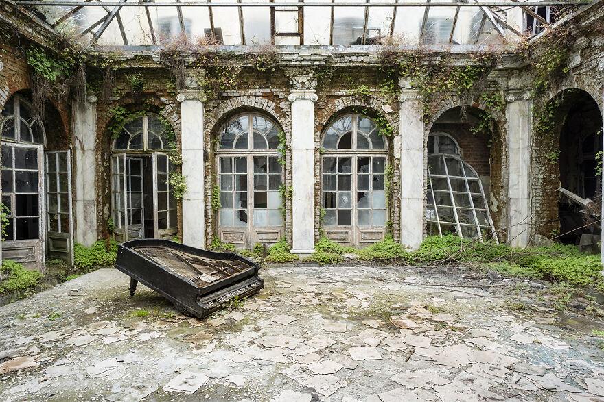 Requiem Pour Pianos 30 - Poland