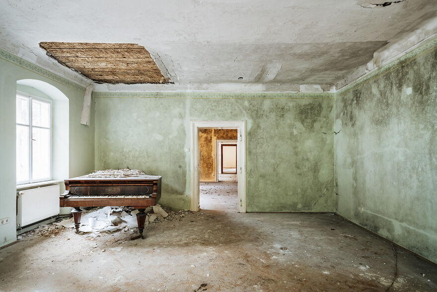 Requiem Pour Pianos 86 - Austria