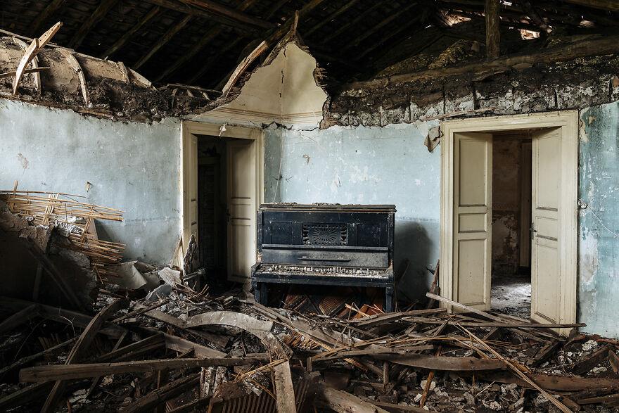 Requiem Pour Pianos 99 - Italy