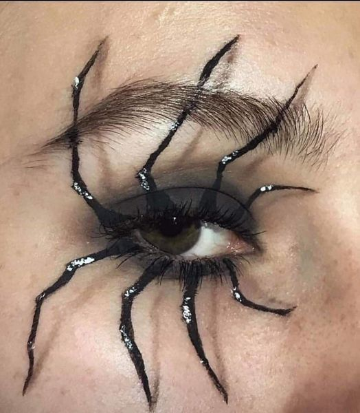 spidermakeupeye-5fc2efa39f6b9.jpg