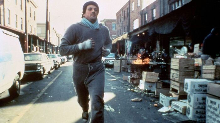In Rocky (1976), When He Runs Through The Italian Marketplace, The People's Amused Expressions As They Look On Is Genuine, As They Had No Idea Why A Man Was Running Back And Forth Being Followed By A Van. The Man Who Throws Him The Orange Was Completely Improvised
