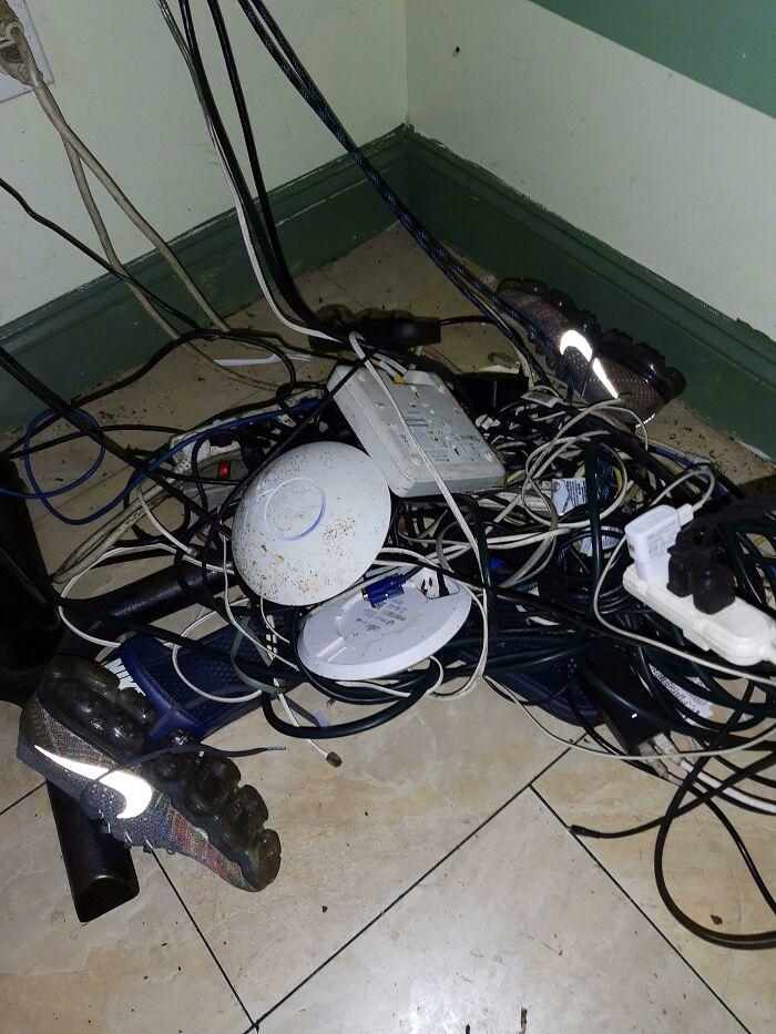 Tenían problemas con internet, dijeron