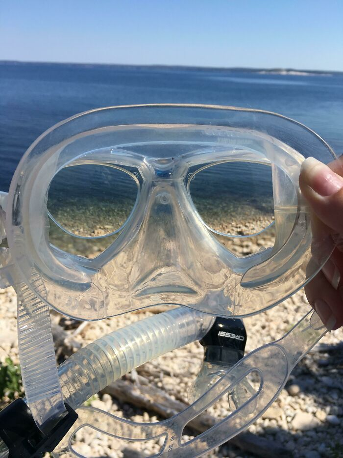 Had A Pair Of Prescription Lenses Which Fit Perfectly In My Mask. I Could See All The Fishies Clearly!