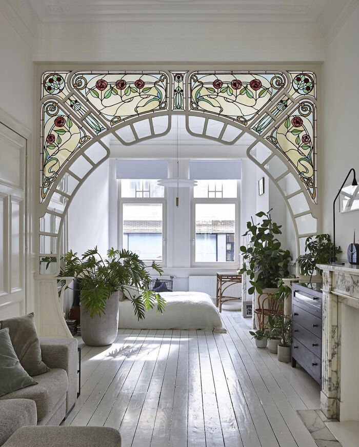 Renovated Apartment In A 1914 Belle Époque Building In Antwerp, Belgium