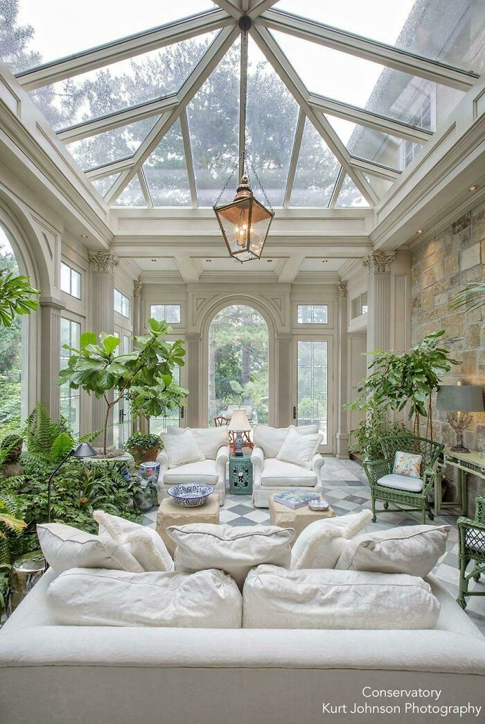 Traditional Conservatory In Omaha