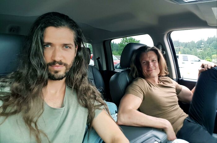 Longhair Boyfriends Roadtripping!