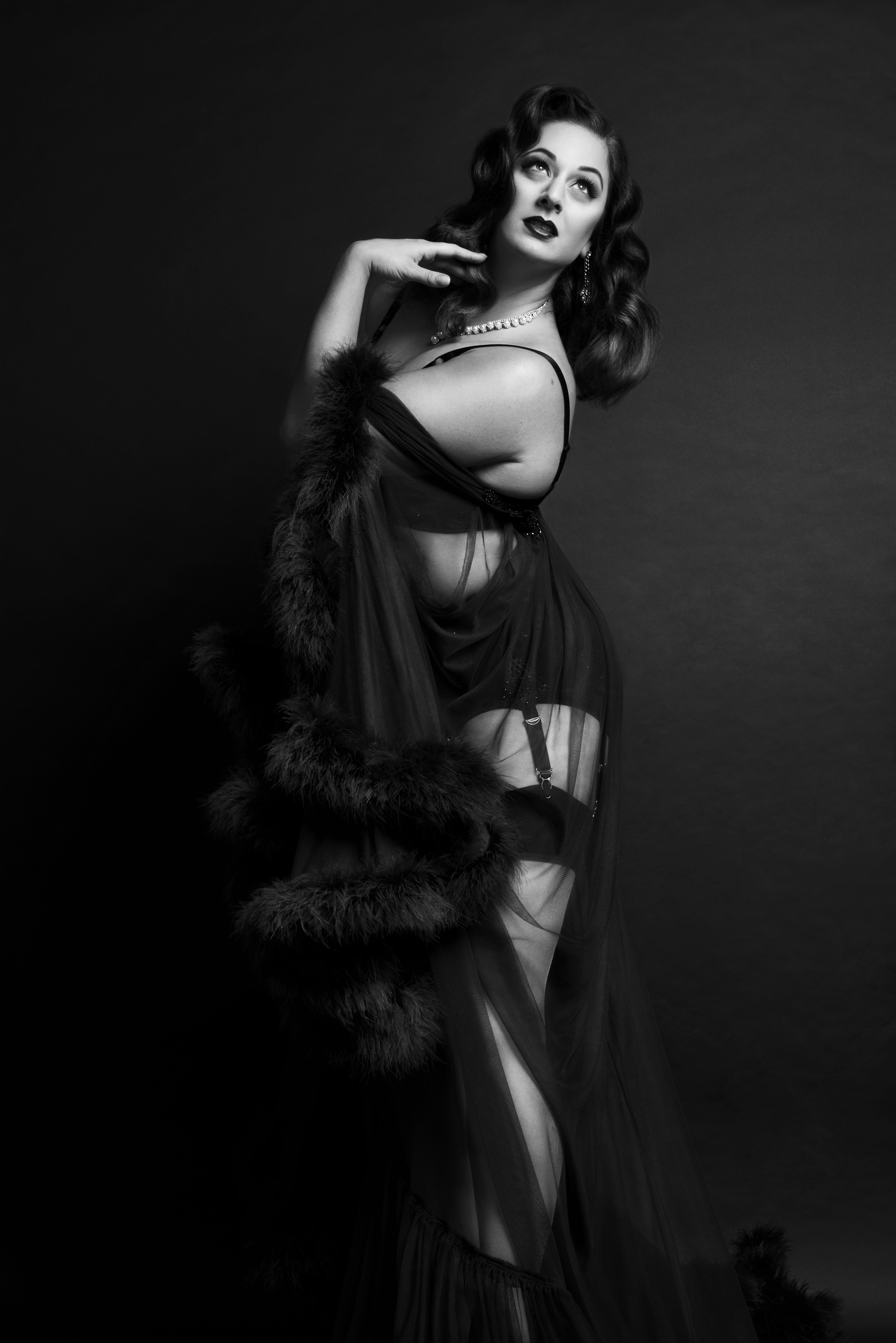 Seven Things You Might Not Know About The Art Of Burlesque, As Told By The London's Burlesque Queen – Tempest Rose