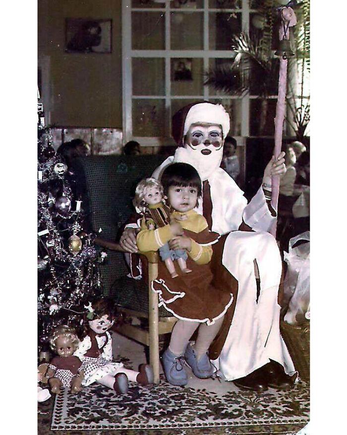 Yo con 3 o 4 años conociendo a San Nicolás en Polonia