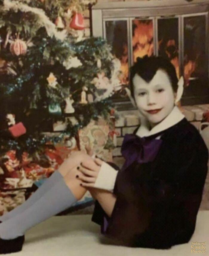 Mi familia envió esta foto mia como crismas en 1991
