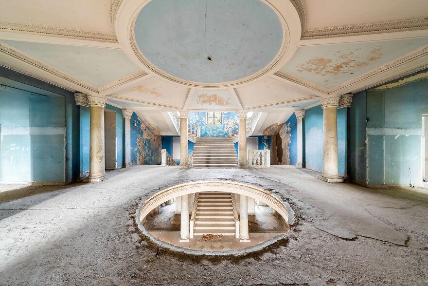 Sanatorium, Georgia
