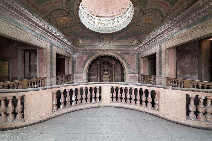 Palace, Portugal