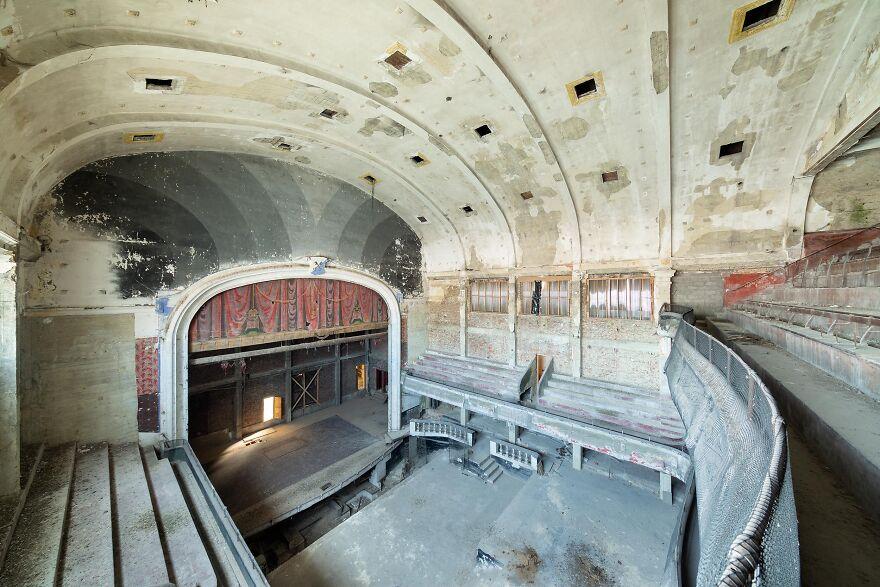 Theater, Belgium