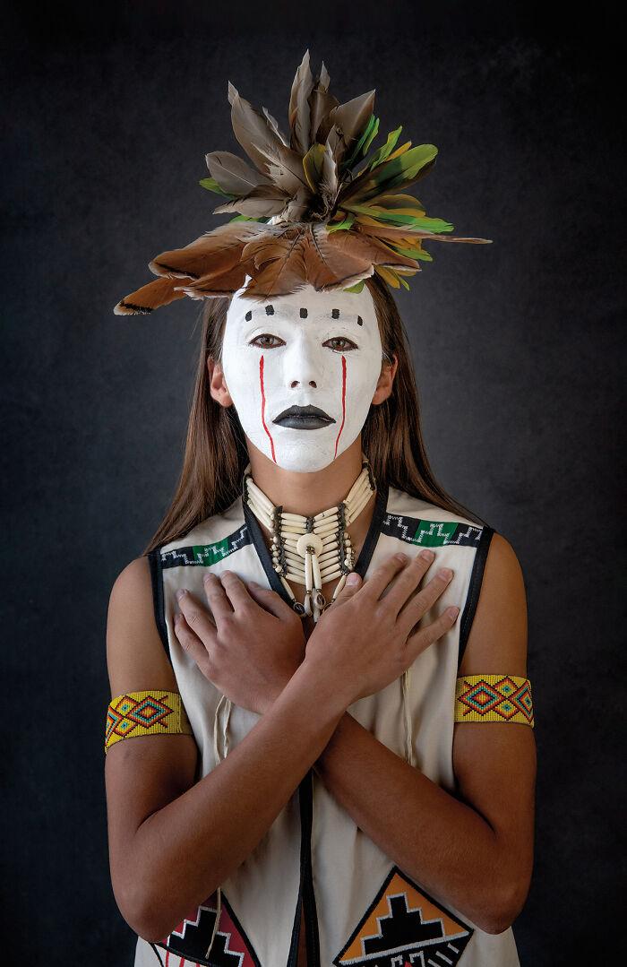 Chuugaa Hoewii (Redhawk), Tewa, Ohkay Owingeh