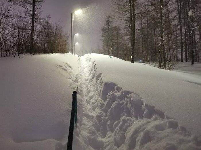 Russia's Coldest City Gets Two Months Worth Of Snow In Just 5 Days And Their Photos Look Surreal (30 Pics)