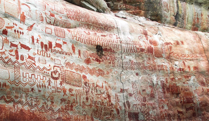 8 Miles Of Prehistoric Paintings Is Discovered In Remote Amazonia And It Showcases Animals That Are Long Gone By Now