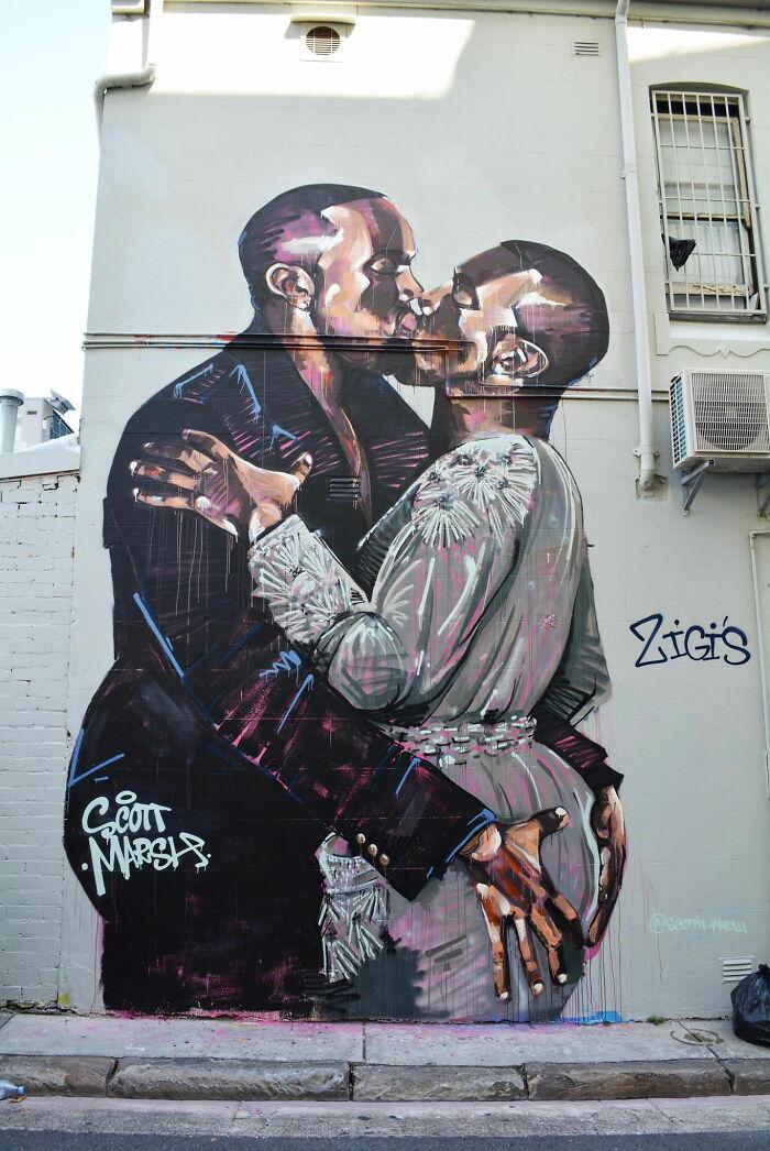 20 Foot Tall Graffiti Mural Of Kanye Kissing Himself