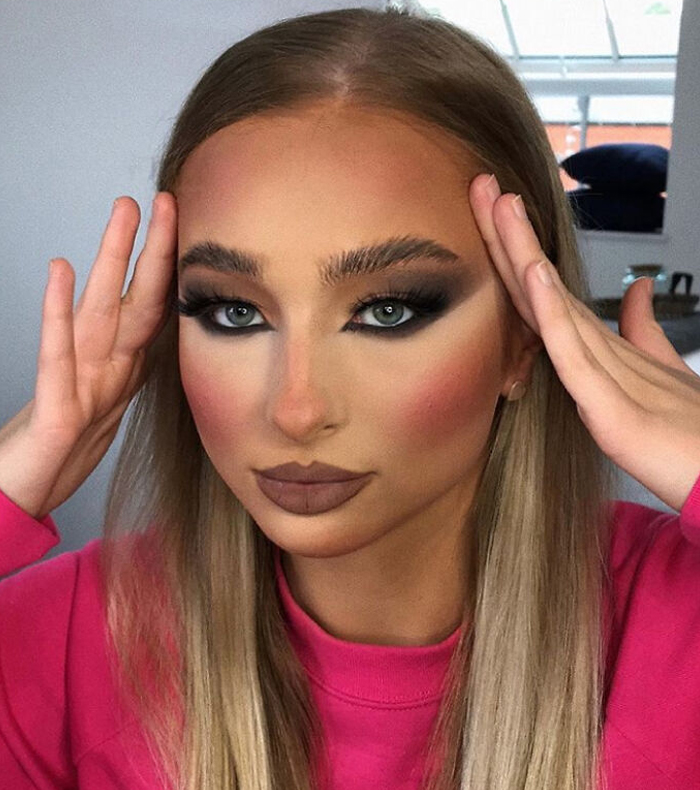 A Very Heavy Makeup Look